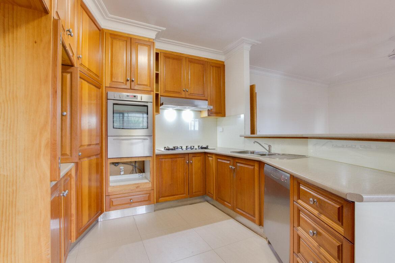 ad40008f d2d1 4f69 95fb 6ab555507c42 - Property