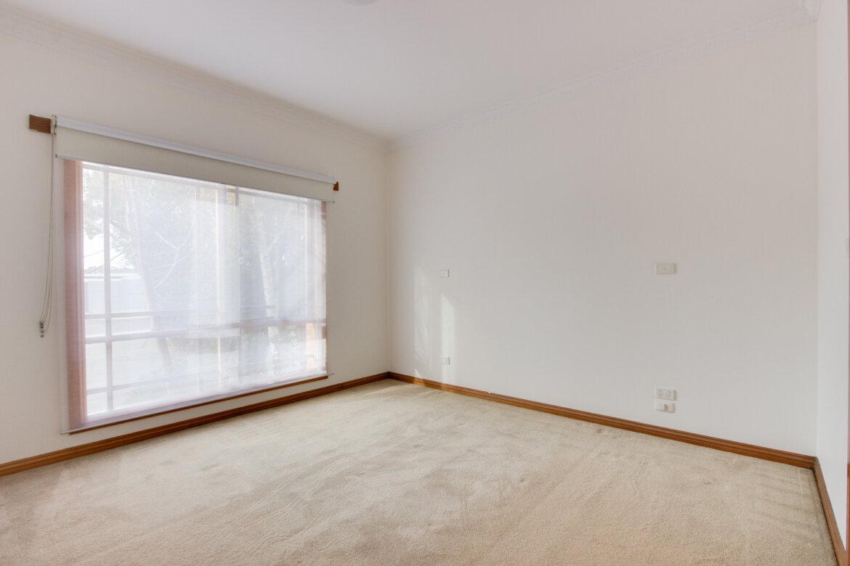 ad40008f e7a4 435e b714 5f928e619252 - Property