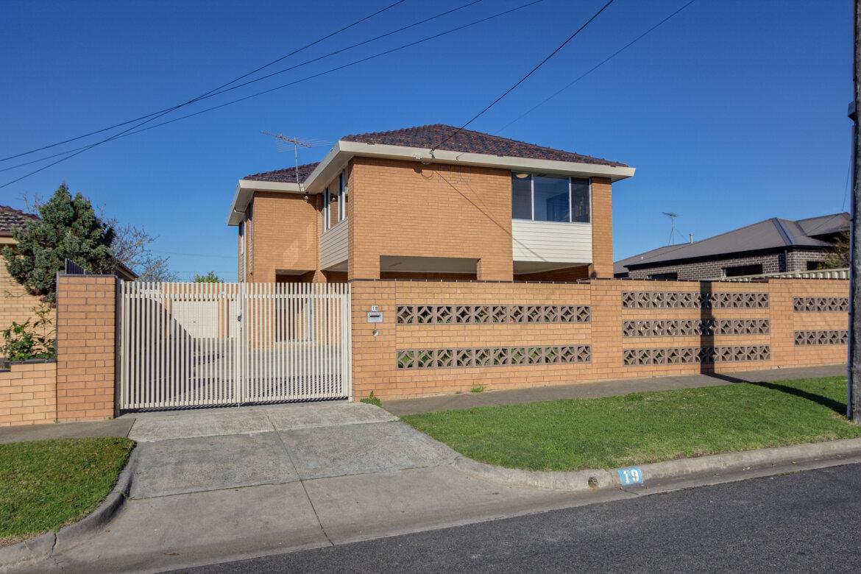 ad56016f c4e1 4ab1 8283 07dd7bcf1fcf - Property